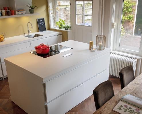 Ruime moderne keuken
